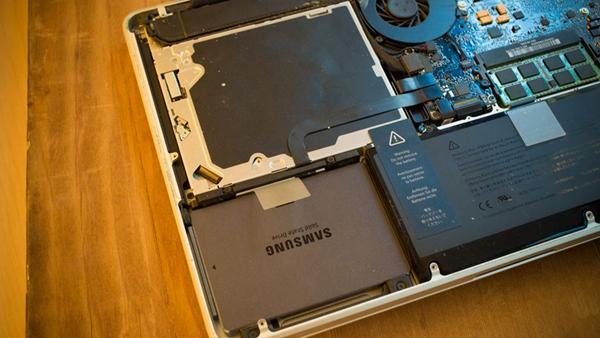 Remplacez votre disque dur Mac par un disque SSD